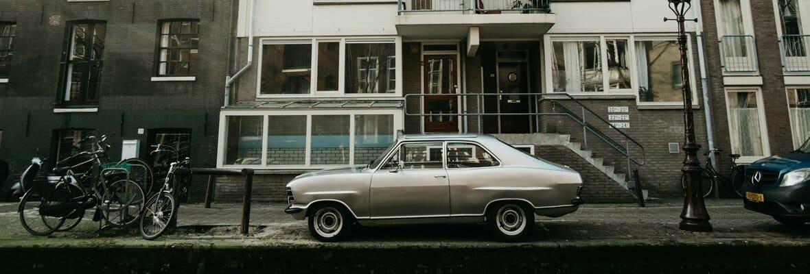 Czy warto kupić autocasco dla starszego auta?