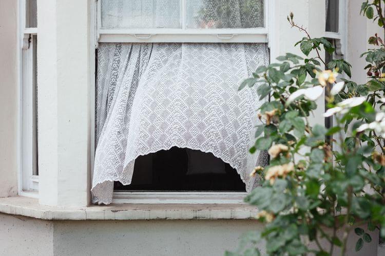 Rażące niedbalstwo a ubezpieczenie mieszkania – jak to działa?