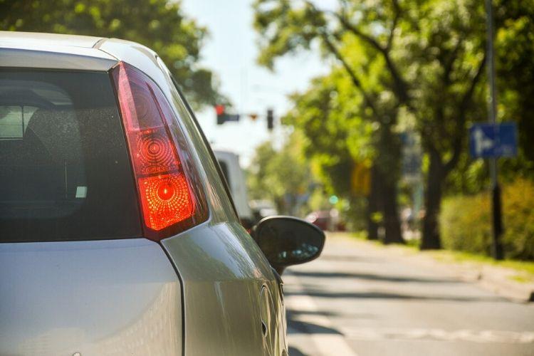 Wady i zalety AC dla starego samochodu